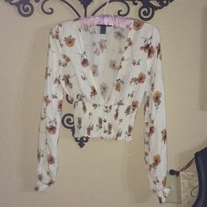 Long peasant sleeves CROP TOP!